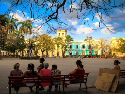 Cuba-Parque Vidal-Santa Clara/alainsojourner.com