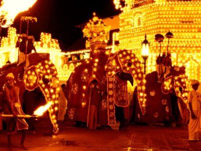 Sri Lanka_Esala Perahera-Photo Ashan96-Wikimedia Commons